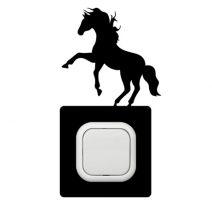 Ló ágaskodó kapcsoló védőmatrica